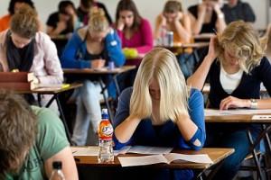 Список шкіл у яких 10 і більше випускників не склали ЗНО 2015