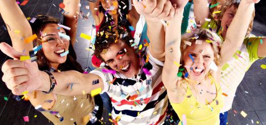 Сценарій нового року для старшокласників
